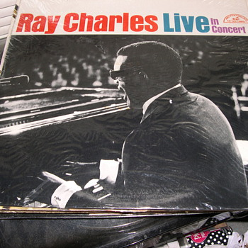 RAY CHARLES LIVE IN CONCERT ABC PARAMOUNT RECORD LABEL ABCS-500
