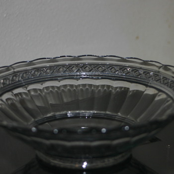 Beautiful pressed serving bowl.  - Glassware