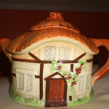 tea pot - Kitchen