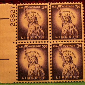 1959 In God We Trust Liberty 3¢ Stamps - Stamps