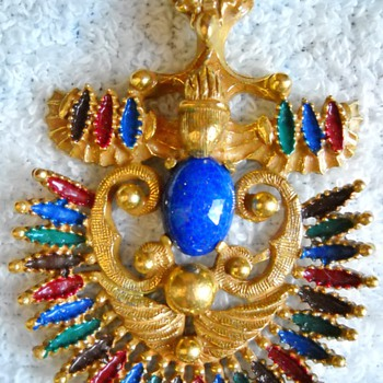 CASTLECLIFF VRBA PENDANT - Costume Jewelry