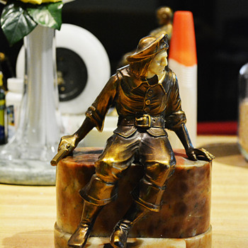 2nd, 1925 J B Hirsch Pirate Bookend with Oval Base