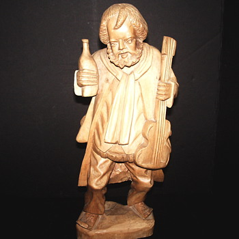 "Folk Art Carving""Drunk Musician""Soft maple"