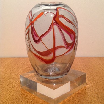 PETER MINSON 1982 - Art Glass