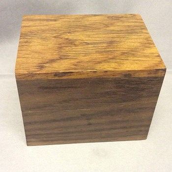 Wooden box - Furniture