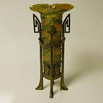BOHEMIAN ART NOUVEAU BRONZE MOUNTED GREEN THREADED GLASS VASE,Circa 1900
