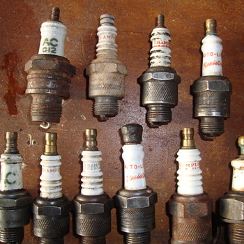 more spark plugs  - Petroliana