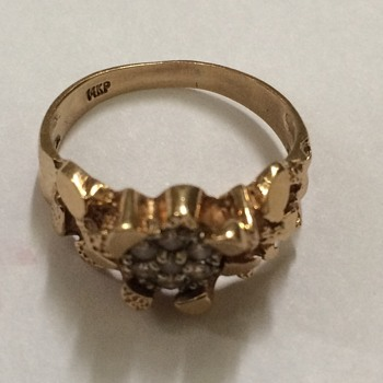 Gold Nugget And Diamond RingGere