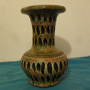 Etruscan Antique Vase?