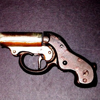 My mystery cast iron (toy?) flare gun? - Toys