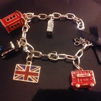 Lets Go To The United Kingdom!! - Costume Jewelry