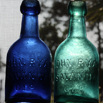 ===1850&#039;s John Ryan Potter Bottles===