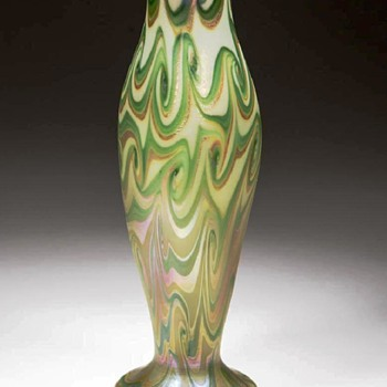 Trevaise Three Color Calyx Form Vase (1907). - Art Glass