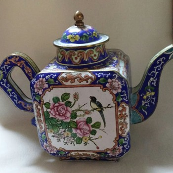 Beautiful Enamel Teapot With Floral Design - Asian