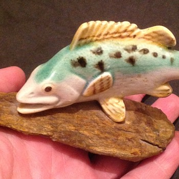 Lee-Thatcher Crafts ceramic fish ornament