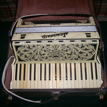 Vintage Scandalli Delfino Accordion