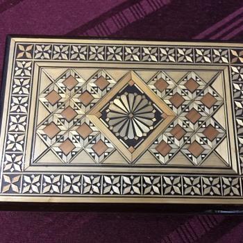 Lovely Russian trinket box