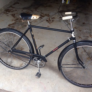 Phillips 1940s Bicycle - Sporting Goods