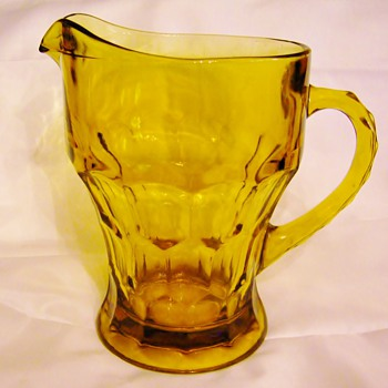 Anchor Hocking Georgian - Amber Topaz Pitcher - Glassware