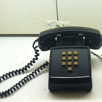 Western Electric 1500D black desk phone - Telephones