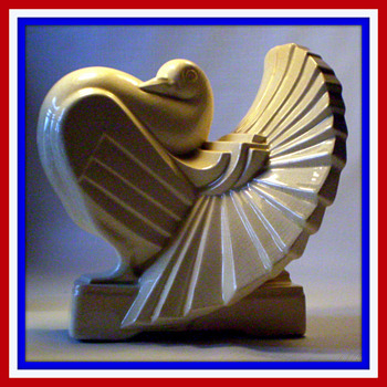 RARE FRIE-ONNAING ART DECO MAJOLICA PIGEON