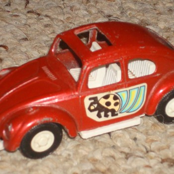 Volkswagen Beetle Tootsie Toy Car - Model Cars
