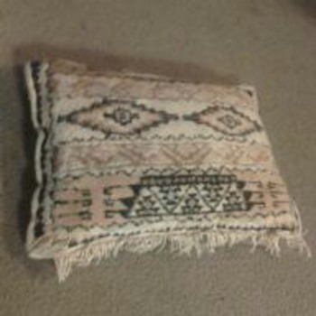 NATIVE AMERICAN  RUG CUSHION - Native American