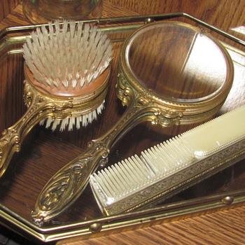 Vanity set - Accessories
