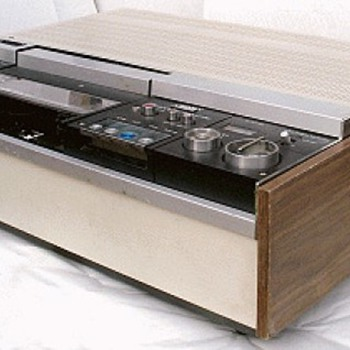 1971 Sony UMatic VO-1600 Video Cassette Recorder - Electronics