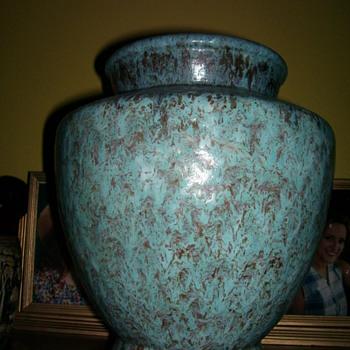 Rare Roseville Carnelian II Urn 446-12 - Art Pottery