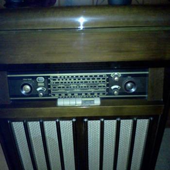 Braun MT99R - Radios