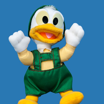 DONALD DUCK IN GERMANIC OUTFIT