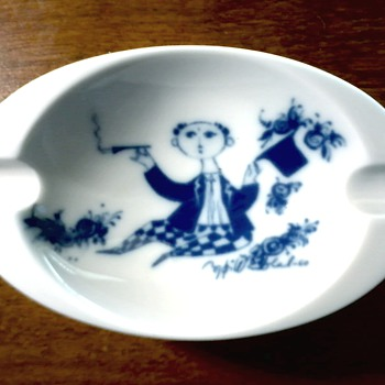 "Rosenthal Studio Line ""Bjorn Wiinblad"" Blue and White Porcelain Ashtray/Signed Front and Back / Circa 1960's-70's"