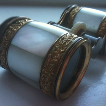 opera binoculars  - Accessories