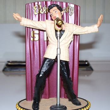 Elvis Presley Music Box - Music