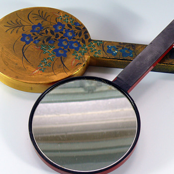 handpainted gold japonism lacquer hand mirror set