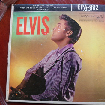 "1956 Elvis Presley ""Paralyzed"" Extended Play 45rpm #992 Volume 1"