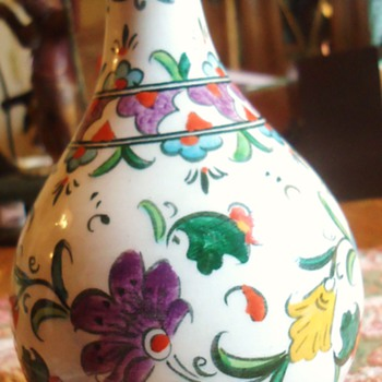 Vase from Turkey?  Maybe?  Pretty!  Need Help Can not read Turkish! - Art Pottery