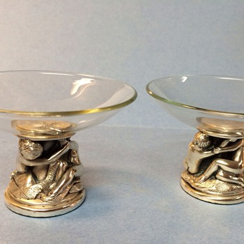Pair of small dishes(Salts?) - Glassware