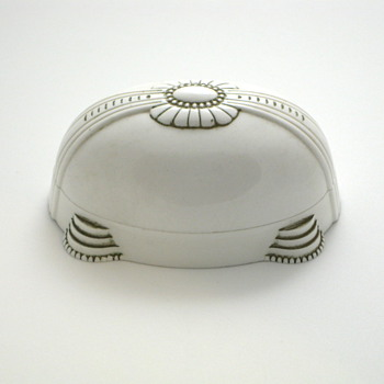 white art deco ring box