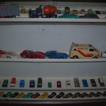 I love the detailed look & workmanship of the 60's & late 50's Matchbox vehicles. - Model Cars