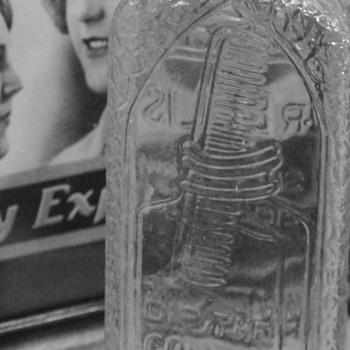 Antique Dr. Ellis  Special Quick-Dry Waving Fluid 1920s/1930s - Advertising