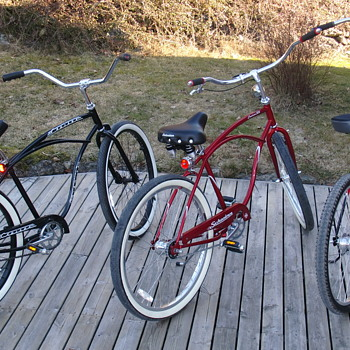 Schwinn Beach Cruiser (s)