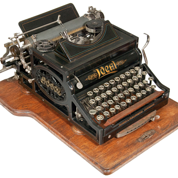Ideal typewriter - 1899 - Office