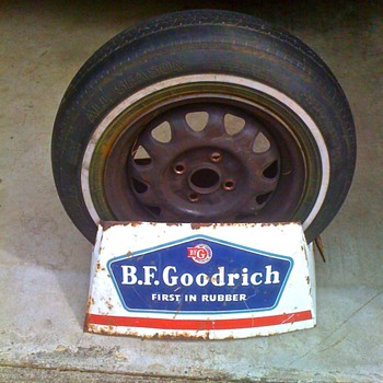 BF Goodrich Tire display