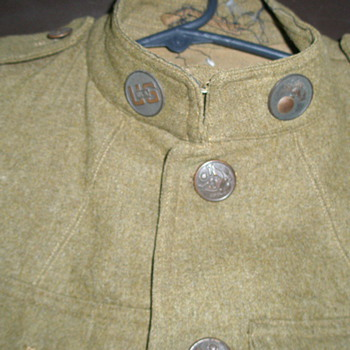 Grandfather's WW1 Army Uniform - Military and Wartime