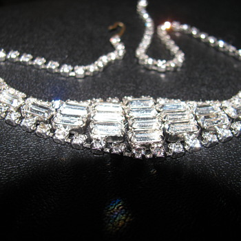 Vintage Sawarovski Crystal Necklace