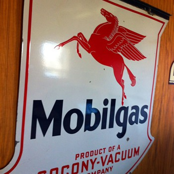 mobilgas sign