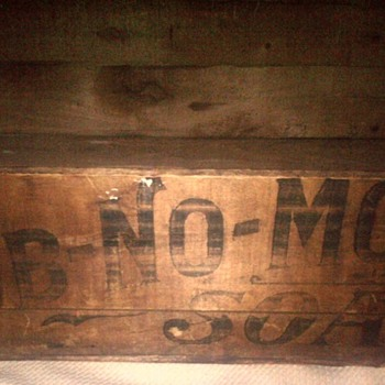 Antique RUB-NO-MORE Soap crate