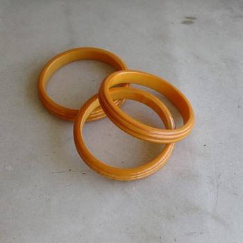 3 marbled bakelite bangles